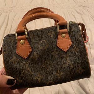 Mini Louis Vuitton Speedy